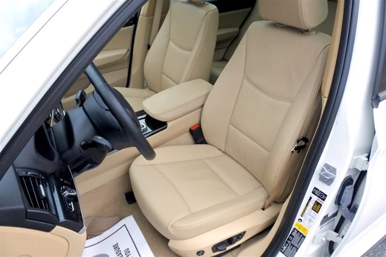 Used 2016 BMW X3 xDrive28i Sports Activity Vehicle Used 2016 BMW X3 xDrive28i Sports Activity Vehicle for sale  at Metro West Motorcars LLC in Shrewsbury MA 14