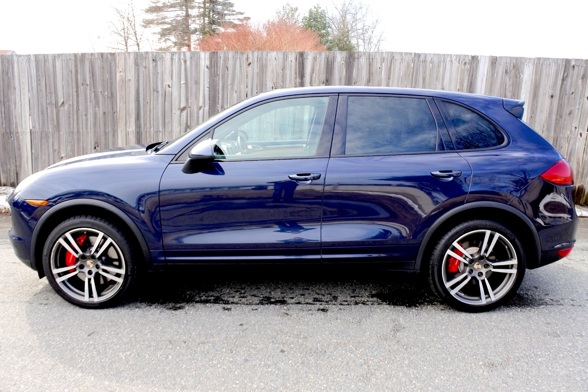 Used 2012 Porsche Cayenne Turbo AWD Used 2012 Porsche Cayenne Turbo AWD for sale  at Metro West Motorcars LLC in Shrewsbury MA 2