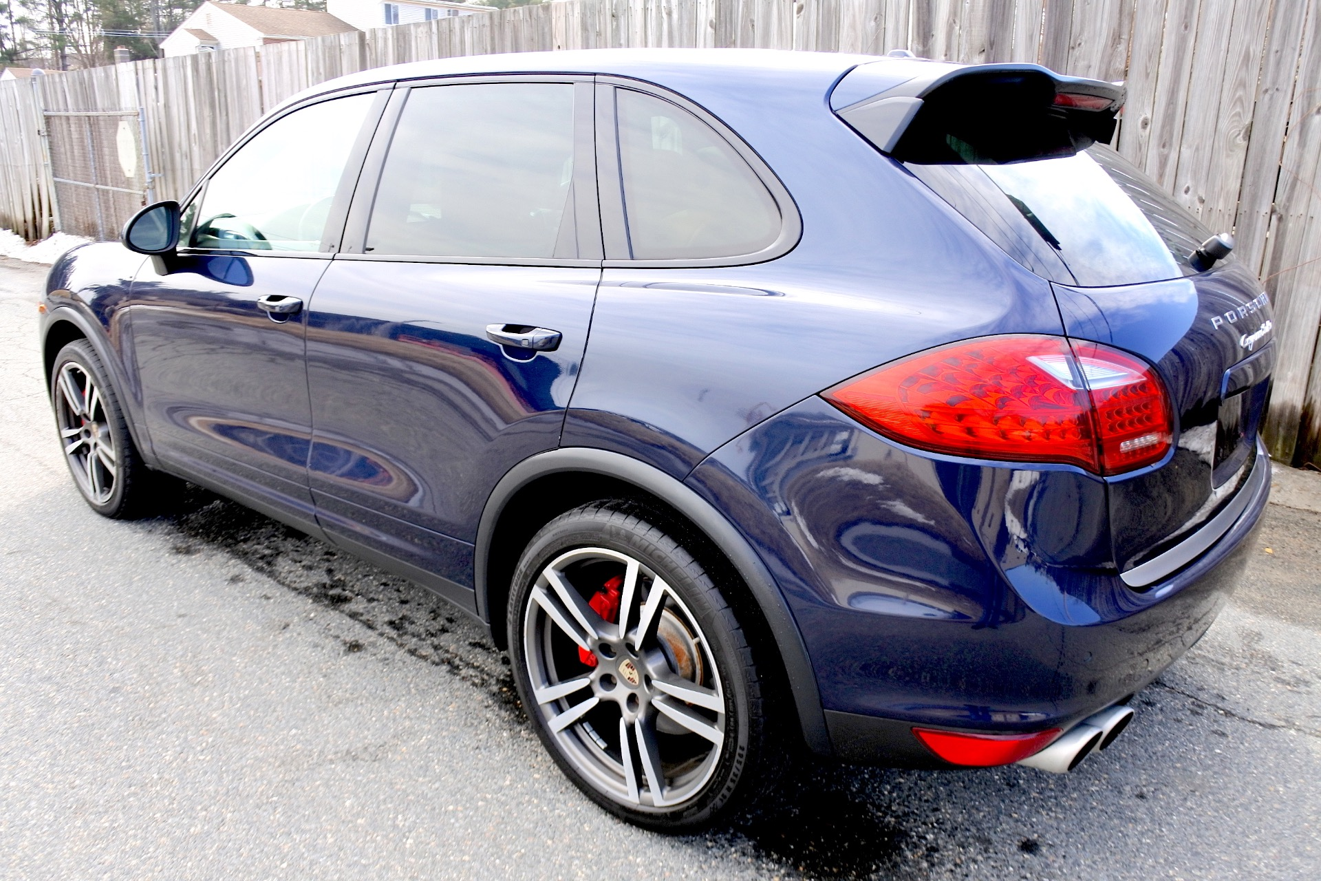Used 2012 Porsche Cayenne Turbo AWD Used 2012 Porsche Cayenne Turbo AWD for sale  at Metro West Motorcars LLC in Shrewsbury MA 3