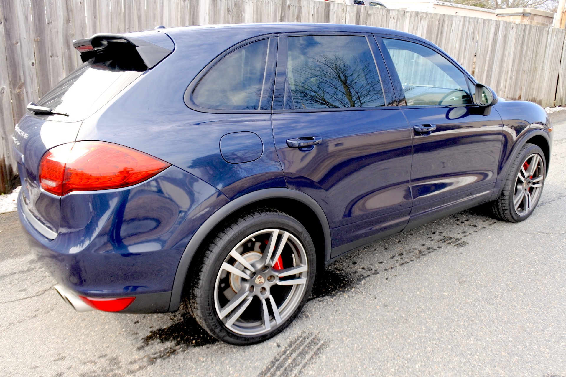 Used 2012 Porsche Cayenne Turbo AWD Used 2012 Porsche Cayenne Turbo AWD for sale  at Metro West Motorcars LLC in Shrewsbury MA 5