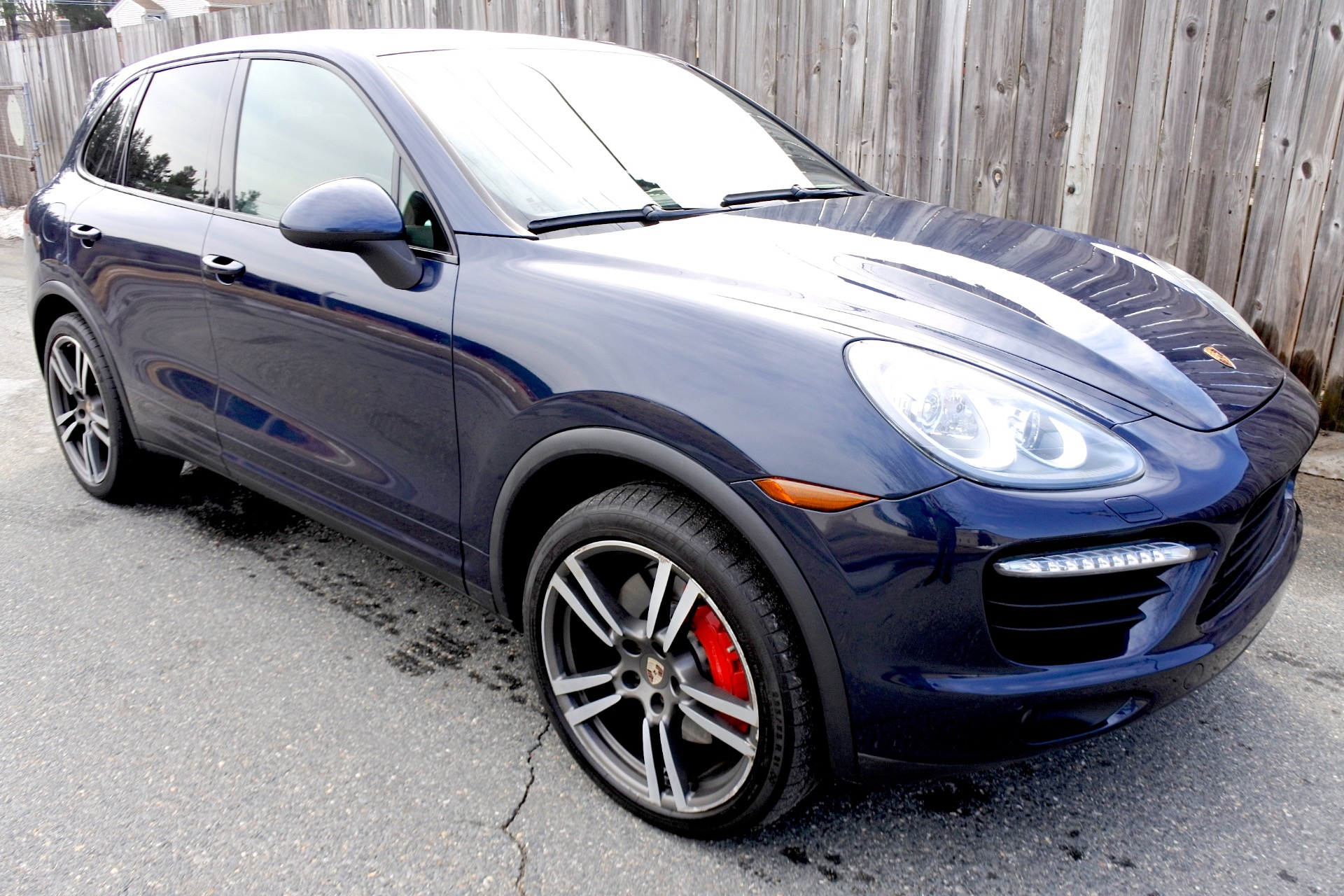 Used 2012 Porsche Cayenne AWD 4dr Turbo Used 2012 Porsche Cayenne AWD 4dr Turbo for sale  at Metro West Motorcars LLC in Shrewsbury MA 7