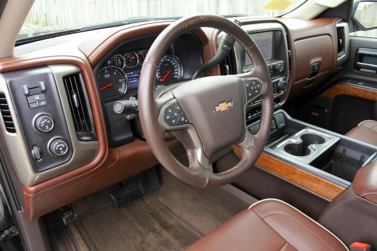 Used 2014 Chevrolet Silverado 1500 4WD Crew Cab 143.5' High Country Used 2014 Chevrolet Silverado 1500 4WD Crew Cab 143.5' High Country for sale  at Metro West Motorcars LLC in Shrewsbury MA 12