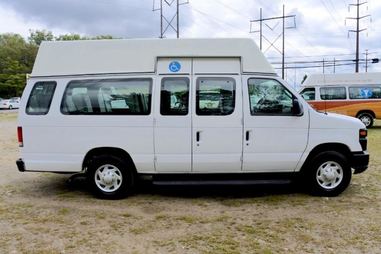Used 2013 Ford Econoline E-250 Ext Used 2013 Ford Econoline E-250 Ext for sale  at Metro West Motorcars LLC in Shrewsbury MA 6
