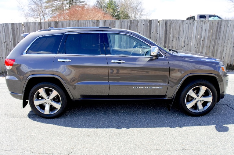 Used 2014 Jeep Grand Cherokee Overland 4WD Used 2014 Jeep Grand Cherokee Overland 4WD for sale  at Metro West Motorcars LLC in Shrewsbury MA 6