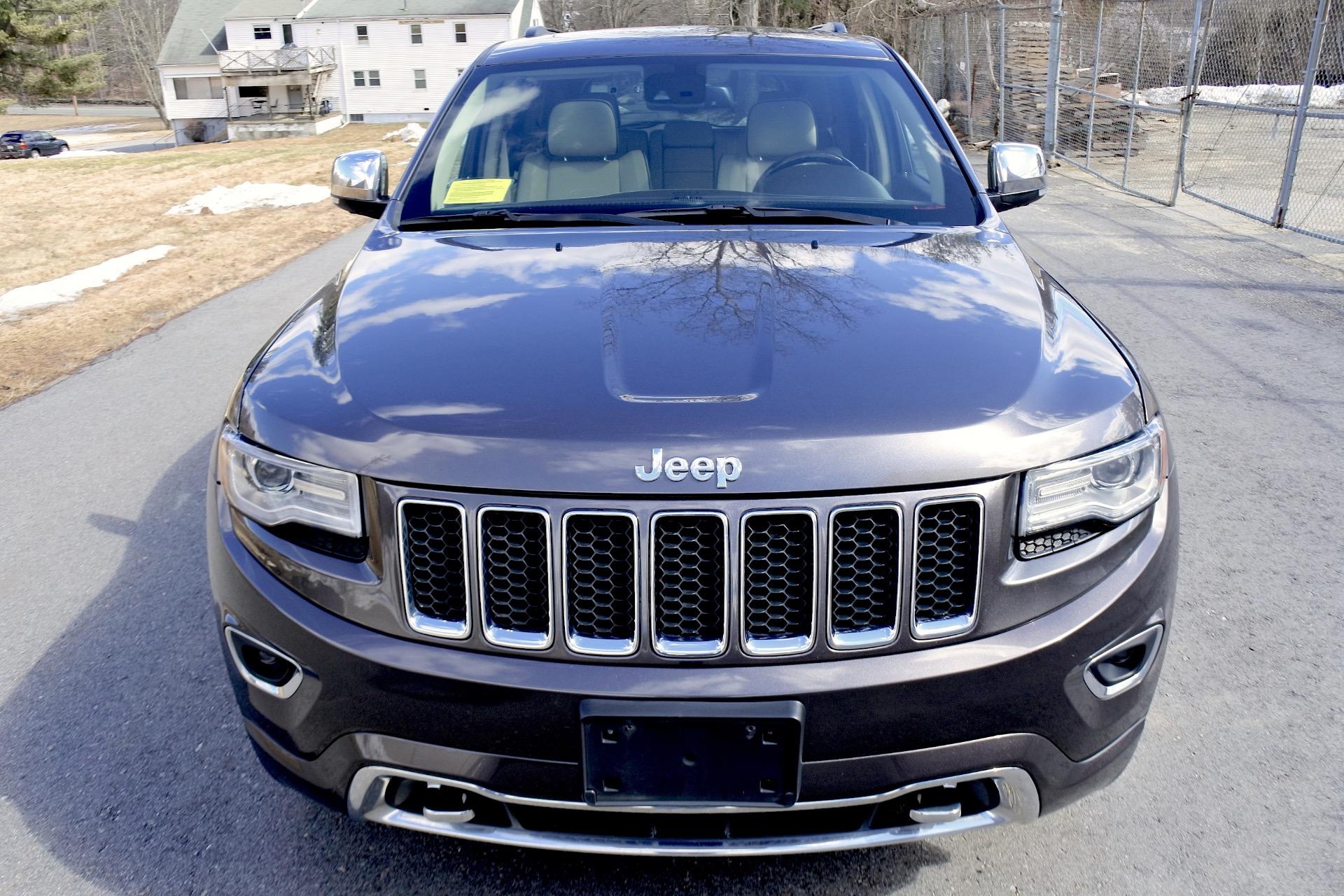 Used 2014 Jeep Grand Cherokee Overland 4WD Used 2014 Jeep Grand Cherokee Overland 4WD for sale  at Metro West Motorcars LLC in Shrewsbury MA 8