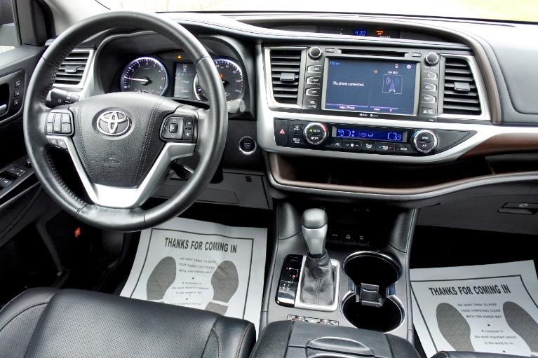 Used 2015 Toyota Highlander Limited AWD Used 2015 Toyota Highlander Limited AWD for sale  at Metro West Motorcars LLC in Shrewsbury MA 10