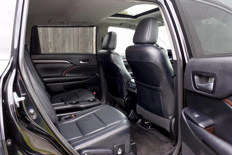 Used 2015 Toyota Highlander Limited AWD Used 2015 Toyota Highlander Limited AWD for sale  at Metro West Motorcars LLC in Shrewsbury MA 20