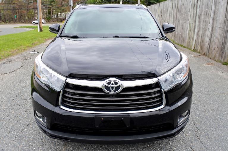 Used 2015 Toyota Highlander Limited AWD Used 2015 Toyota Highlander Limited AWD for sale  at Metro West Motorcars LLC in Shrewsbury MA 8
