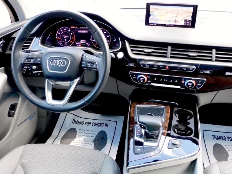 Used 2017 Audi Q7 3.0 TFSI Prestige Quattro Used 2017 Audi Q7 3.0 TFSI Prestige Quattro for sale  at Metro West Motorcars LLC in Shrewsbury MA 10