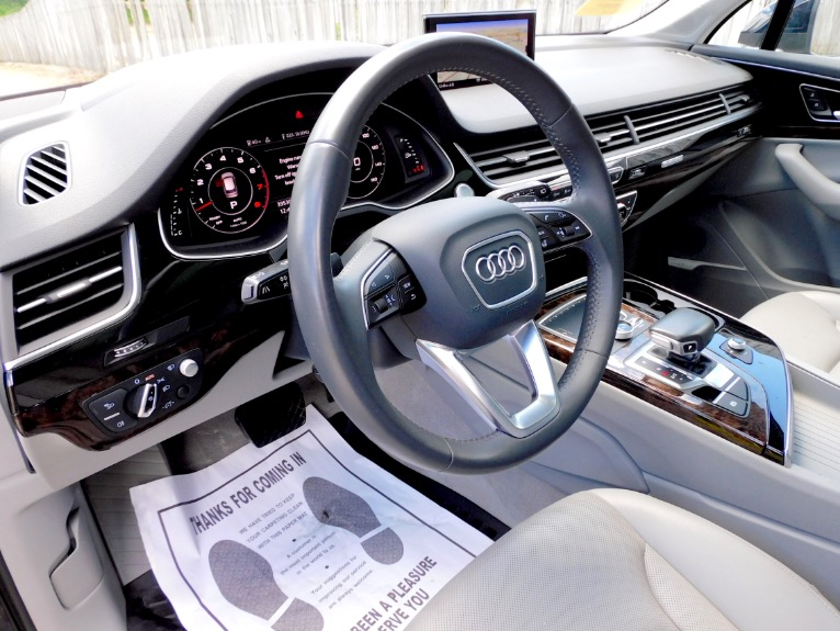 Used 2017 Audi Q7 3.0 TFSI Prestige Quattro Used 2017 Audi Q7 3.0 TFSI Prestige Quattro for sale  at Metro West Motorcars LLC in Shrewsbury MA 13