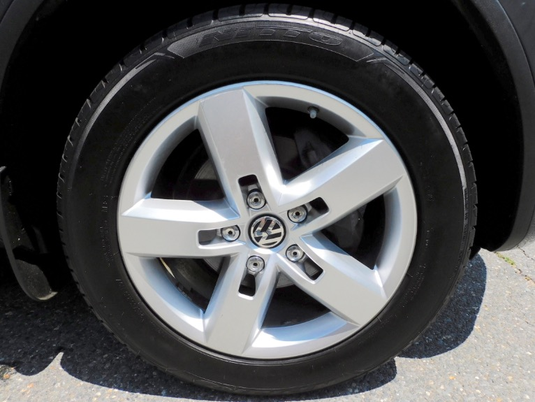 Used 2011 Volkswagen Touareg VR6 Sport Used 2011 Volkswagen Touareg VR6 Sport for sale  at Metro West Motorcars LLC in Shrewsbury MA 9
