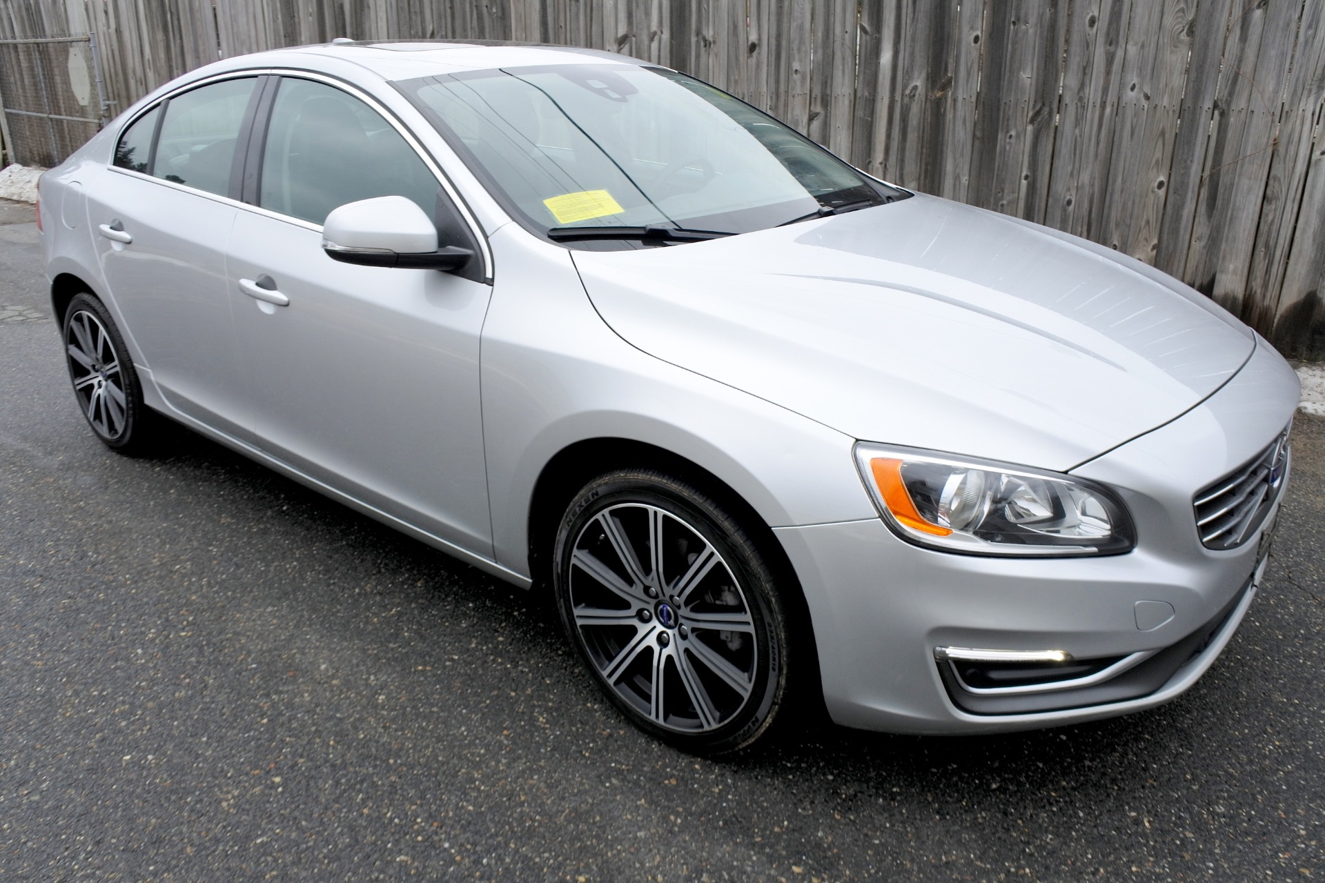 Used 2014 Volvo S60 4dr Sdn T5 Premier AWD Used 2014 Volvo S60 4dr Sdn T5 Premier AWD for sale  at Metro West Motorcars LLC in Shrewsbury MA 6