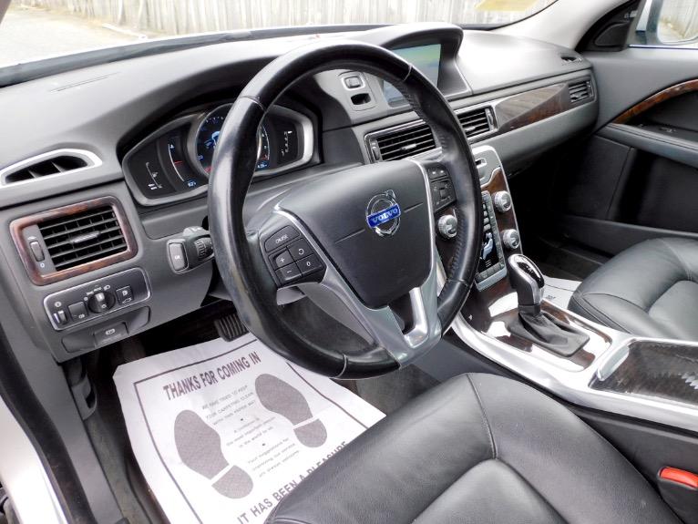Used 2015 Volvo Xc70 2015.5 Wagon T6 AWD Used 2015 Volvo Xc70 2015.5 Wagon T6 AWD for sale  at Metro West Motorcars LLC in Shrewsbury MA 13