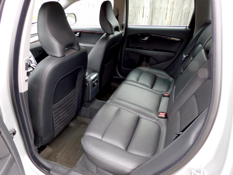Used 2015 Volvo Xc70 2015.5 Wagon T6 AWD Used 2015 Volvo Xc70 2015.5 Wagon T6 AWD for sale  at Metro West Motorcars LLC in Shrewsbury MA 15