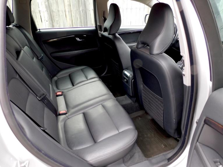 Used 2015 Volvo Xc70 2015.5 Wagon T6 AWD Used 2015 Volvo Xc70 2015.5 Wagon T6 AWD for sale  at Metro West Motorcars LLC in Shrewsbury MA 19