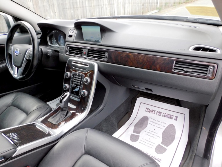 Used 2015 Volvo Xc70 2015.5 Wagon T6 AWD Used 2015 Volvo Xc70 2015.5 Wagon T6 AWD for sale  at Metro West Motorcars LLC in Shrewsbury MA 21