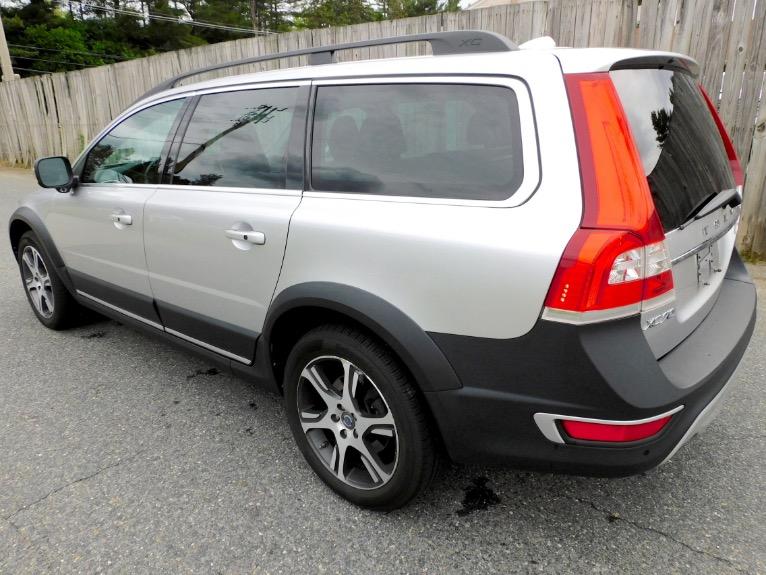 Used 2015 Volvo Xc70 2015.5 Wagon T6 AWD Used 2015 Volvo Xc70 2015.5 Wagon T6 AWD for sale  at Metro West Motorcars LLC in Shrewsbury MA 3