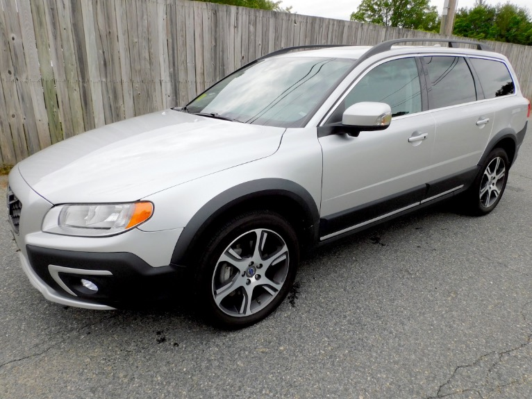 Used Used 2015 Volvo Xc70 2015.5 Wagon T6 AWD for sale $19,800 at Metro West Motorcars LLC in Shrewsbury MA