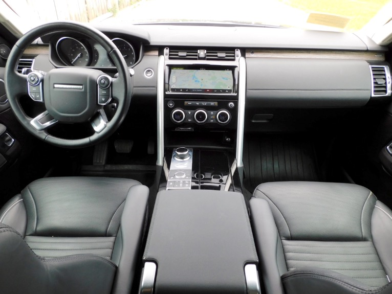 Used 2017 Land Rover Discovery HSE V6 Supercharged Used 2017 Land Rover Discovery HSE V6 Supercharged for sale  at Metro West Motorcars LLC in Shrewsbury MA 9
