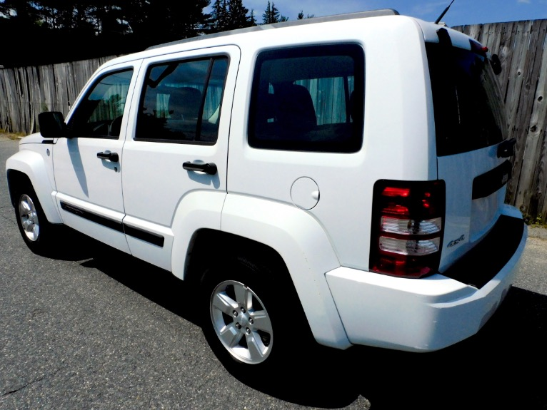 Used 2011 Jeep Liberty 4WD 4dr Sport Used 2011 Jeep Liberty 4WD 4dr Sport for sale  at Metro West Motorcars LLC in Shrewsbury MA 3