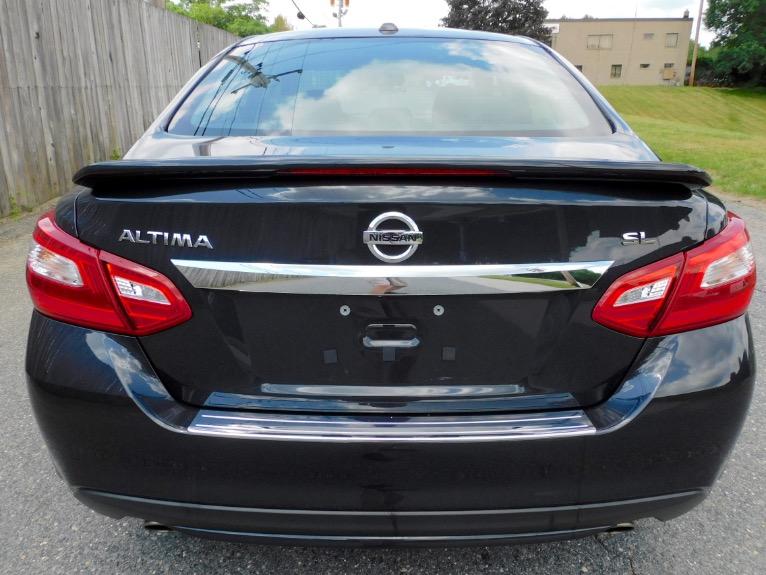 Used 2017 Nissan Altima 2.5 SL Sedan Used 2017 Nissan Altima 2.5 SL Sedan for sale  at Metro West Motorcars LLC in Shrewsbury MA 4