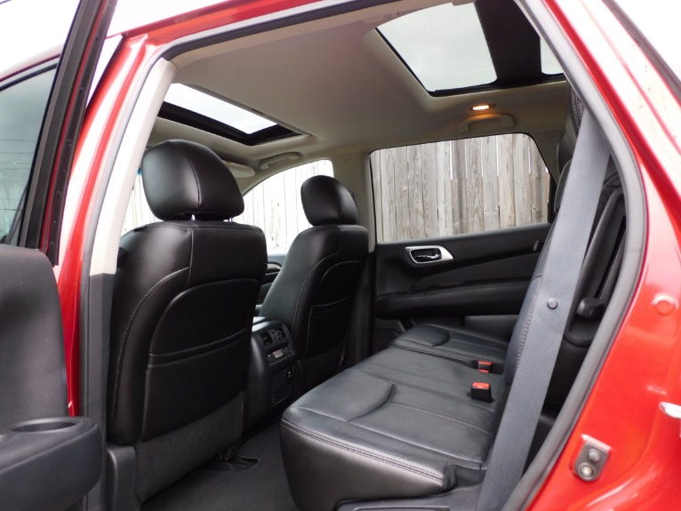 Used 2014 Nissan Pathfinder SV 4WD Used 2014 Nissan Pathfinder SV 4WD for sale  at Metro West Motorcars LLC in Shrewsbury MA 15