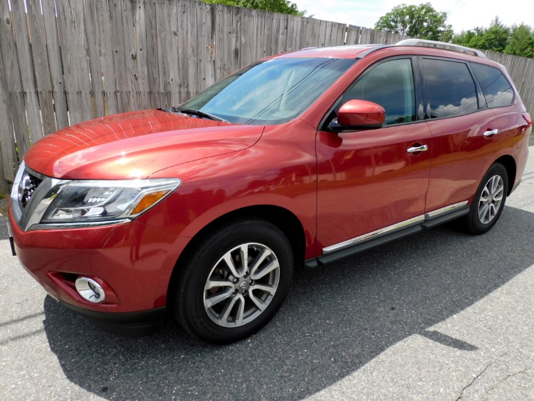 Used Used 2014 Nissan Pathfinder SV 4WD for sale $15,800 at Metro West Motorcars LLC in Shrewsbury MA