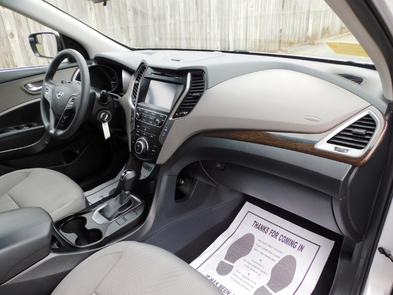 Used 2017 Hyundai Santa Fe Sport 2.4L AWD Used 2017 Hyundai Santa Fe Sport 2.4L AWD for sale  at Metro West Motorcars LLC in Shrewsbury MA 21