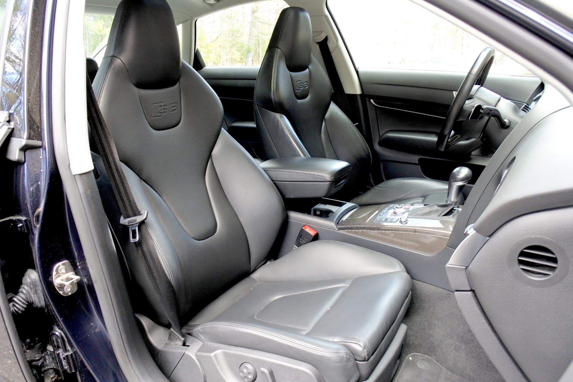 Used 2011 Audi S6 5.2 Prestige Quattro Used 2011 Audi S6 5.2 Prestige Quattro for sale  at Metro West Motorcars LLC in Shrewsbury MA 17