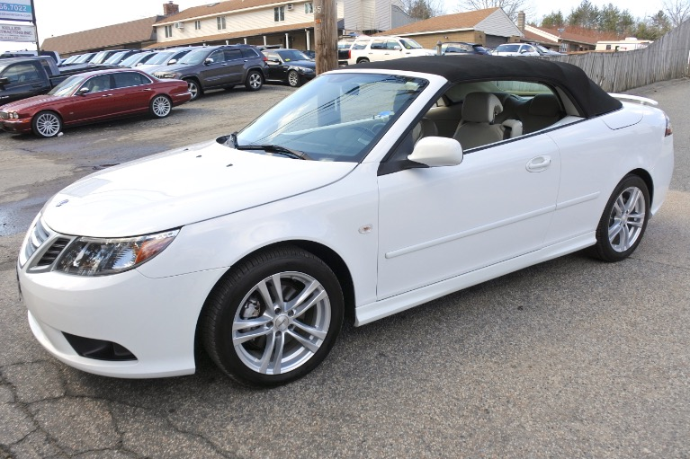 Used 2011 Saab 9-3 2dr Conv Auto FWD Used 2011 Saab 9-3 2dr Conv Auto FWD for sale  at Metro West Motorcars LLC in Shrewsbury MA 19