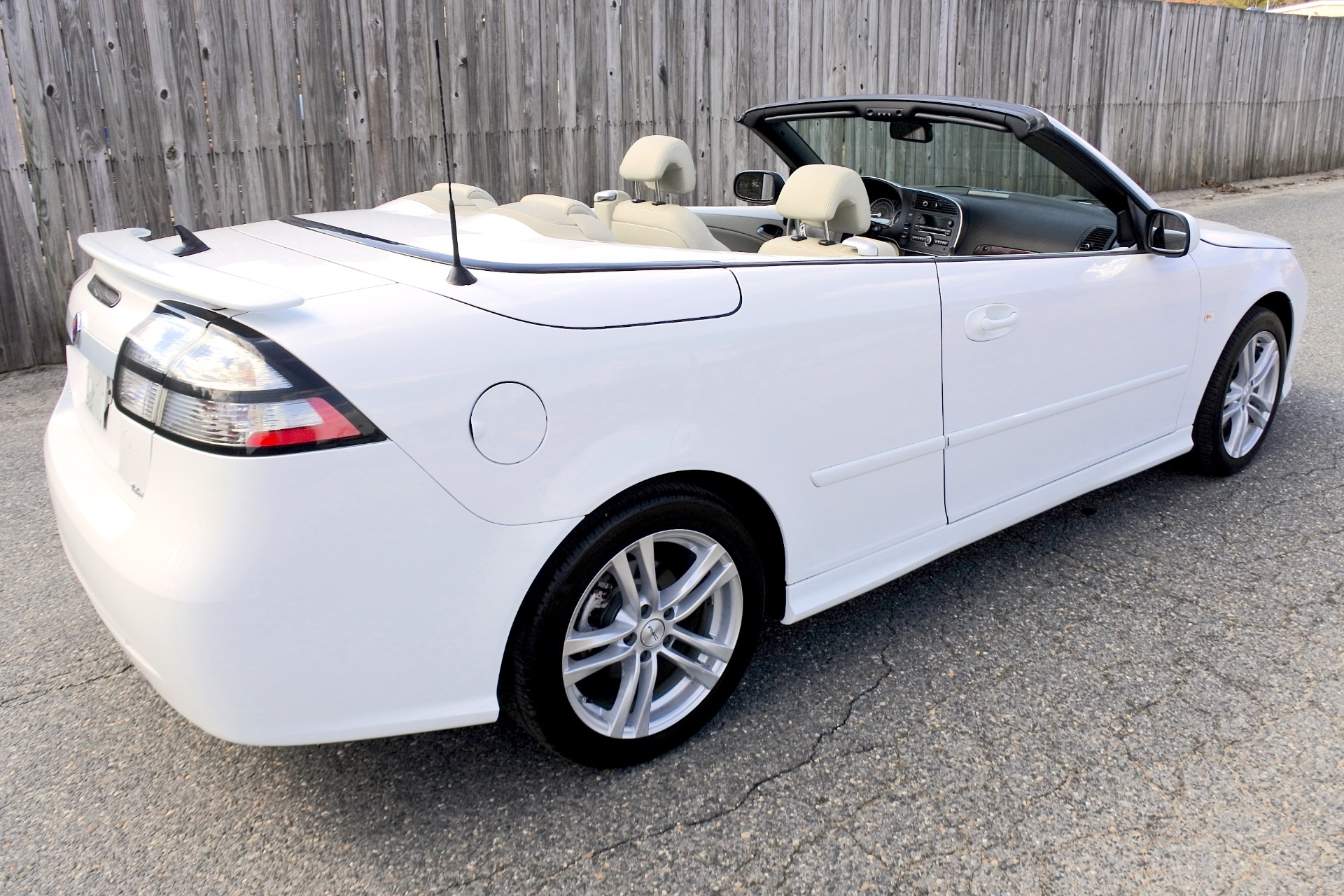 Used 2011 Saab 9-3 2dr Conv Auto FWD Used 2011 Saab 9-3 2dr Conv Auto FWD for sale  at Metro West Motorcars LLC in Shrewsbury MA 5