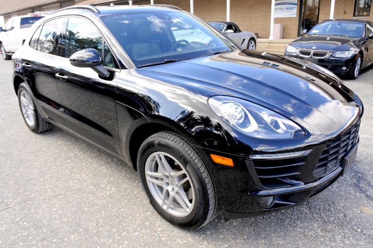 Used 2017 Porsche Macan AWD Used 2017 Porsche Macan AWD for sale  at Metro West Motorcars LLC in Shrewsbury MA 7