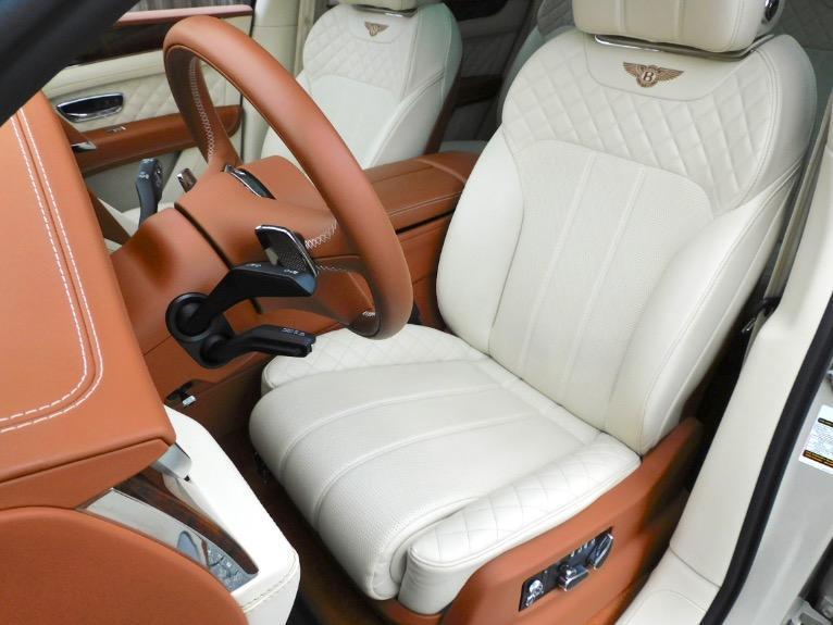 Used 2017 Bentley Bentayga W12 AWD Used 2017 Bentley Bentayga W12 AWD for sale  at Metro West Motorcars LLC in Shrewsbury MA 14