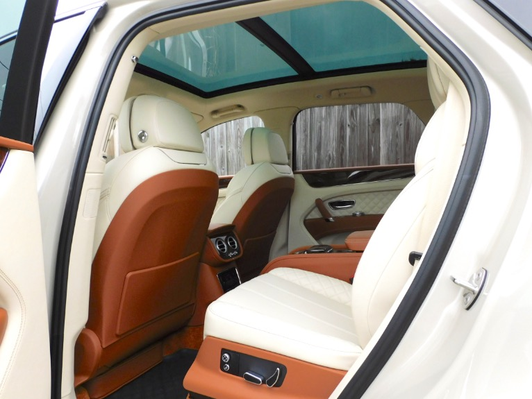 Used 2017 Bentley Bentayga W12 AWD Used 2017 Bentley Bentayga W12 AWD for sale  at Metro West Motorcars LLC in Shrewsbury MA 15