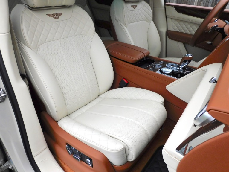 Used 2017 Bentley Bentayga W12 AWD Used 2017 Bentley Bentayga W12 AWD for sale  at Metro West Motorcars LLC in Shrewsbury MA 20
