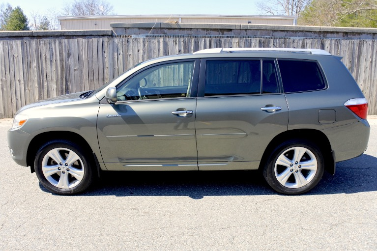 Used 2009 Toyota Highlander Limited V6 AWD Used 2009 Toyota Highlander Limited V6 AWD for sale  at Metro West Motorcars LLC in Shrewsbury MA 2