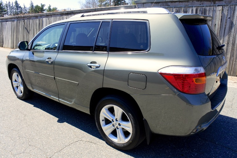 Used 2009 Toyota Highlander Limited V6 AWD Used 2009 Toyota Highlander Limited V6 AWD for sale  at Metro West Motorcars LLC in Shrewsbury MA 3