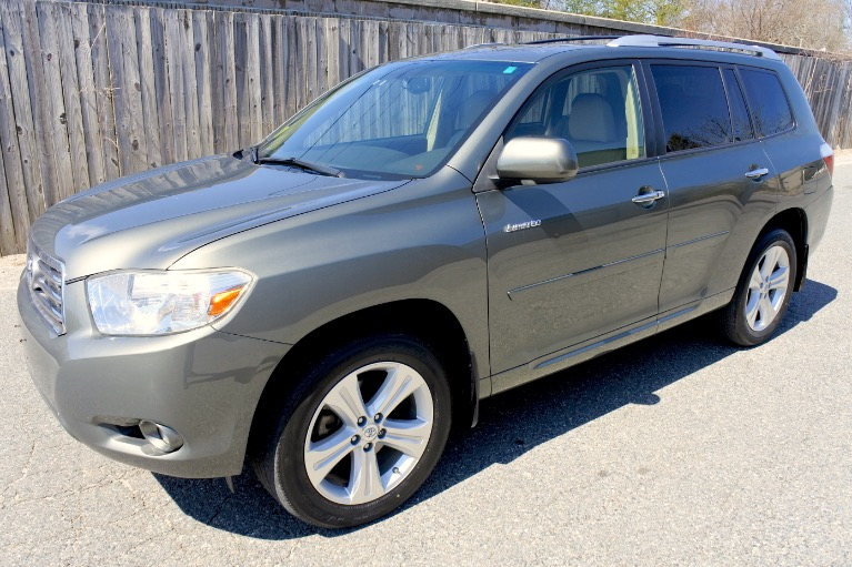 Used 2009 Toyota Highlander Limited V6 AWD Used 2009 Toyota Highlander Limited V6 AWD for sale  at Metro West Motorcars LLC in Shrewsbury MA 1