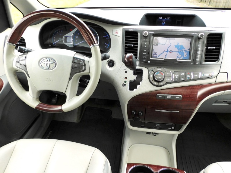 Used 2013 Toyota Sienna Limited AWD Used 2013 Toyota Sienna Limited AWD for sale  at Metro West Motorcars LLC in Shrewsbury MA 10