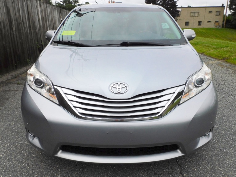 Used 2013 Toyota Sienna Limited AWD Used 2013 Toyota Sienna Limited AWD for sale  at Metro West Motorcars LLC in Shrewsbury MA 8