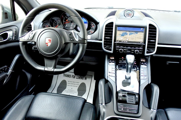 Used 2013 Porsche Cayenne Diesel AWD Used 2013 Porsche Cayenne Diesel AWD for sale  at Metro West Motorcars LLC in Shrewsbury MA 10