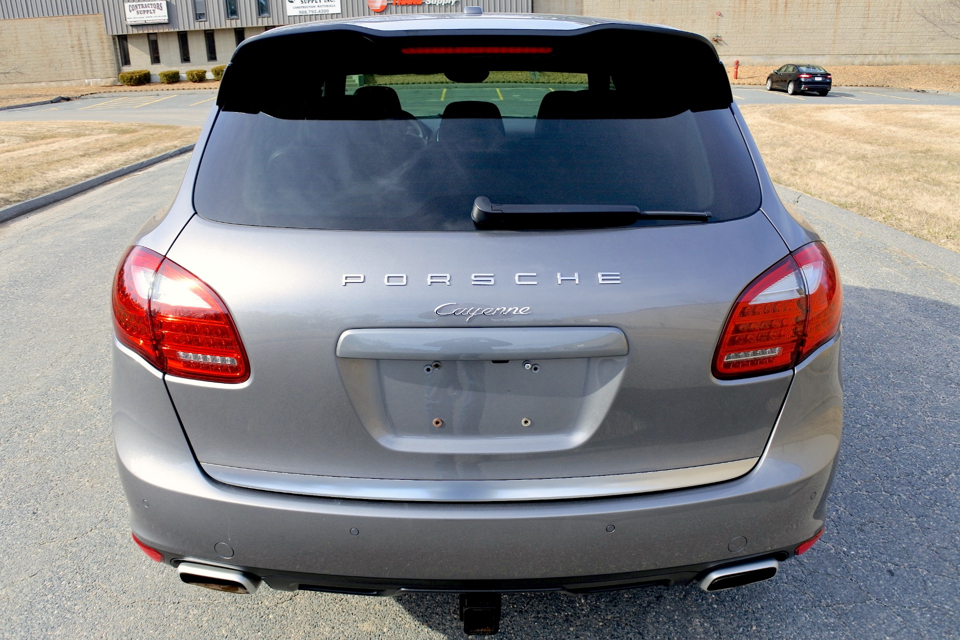 Used 2013 Porsche Cayenne Diesel AWD Used 2013 Porsche Cayenne Diesel AWD for sale  at Metro West Motorcars LLC in Shrewsbury MA 4