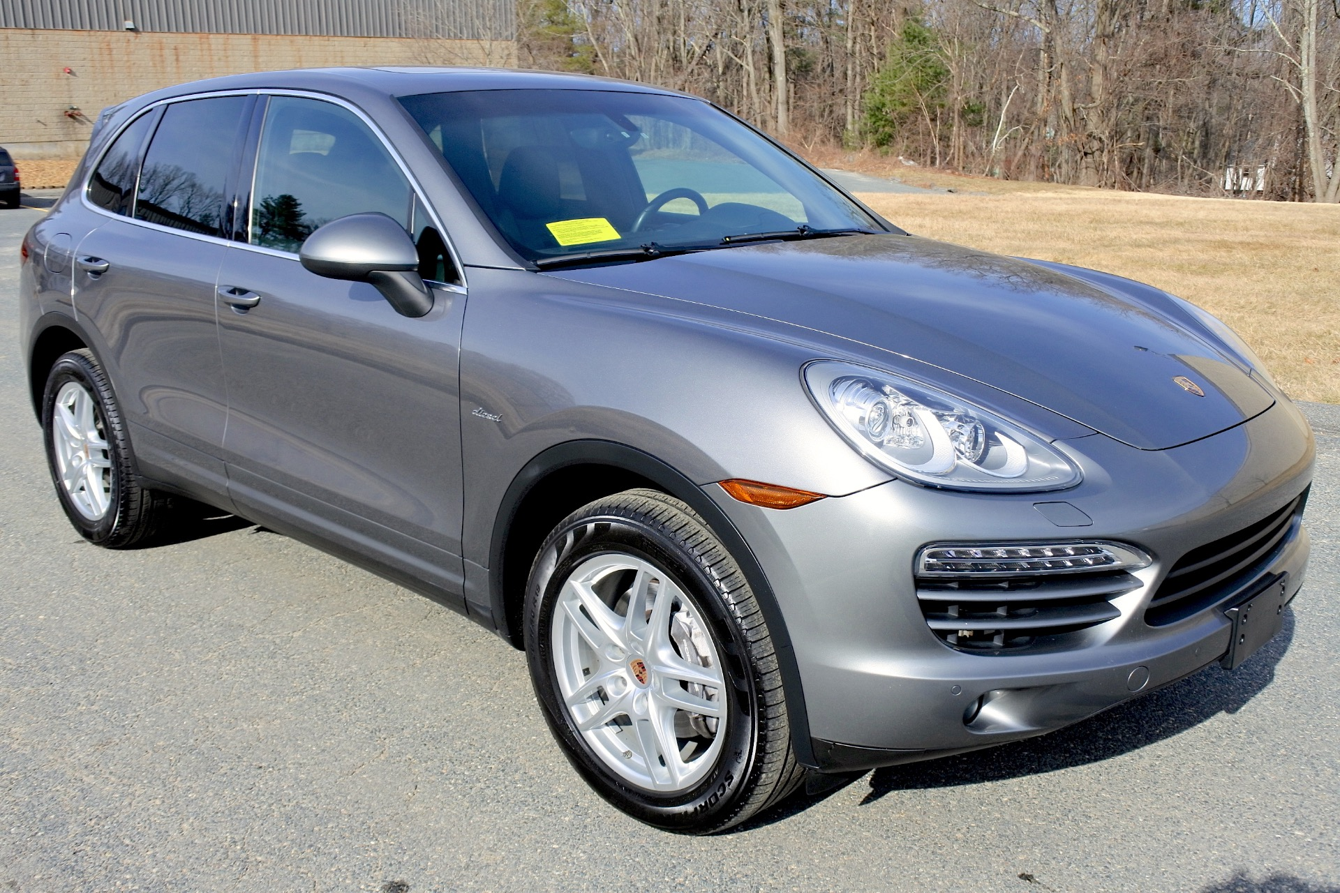 Used 2013 Porsche Cayenne Diesel AWD Used 2013 Porsche Cayenne Diesel AWD for sale  at Metro West Motorcars LLC in Shrewsbury MA 8