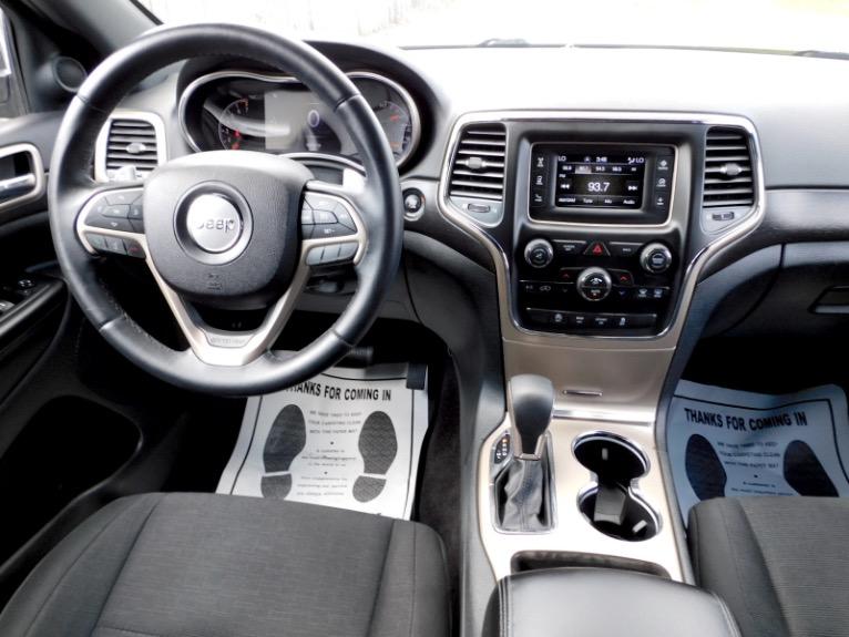Used 2016 Jeep Grand Cherokee Laredo 4WD Used 2016 Jeep Grand Cherokee Laredo 4WD for sale  at Metro West Motorcars LLC in Shrewsbury MA 10