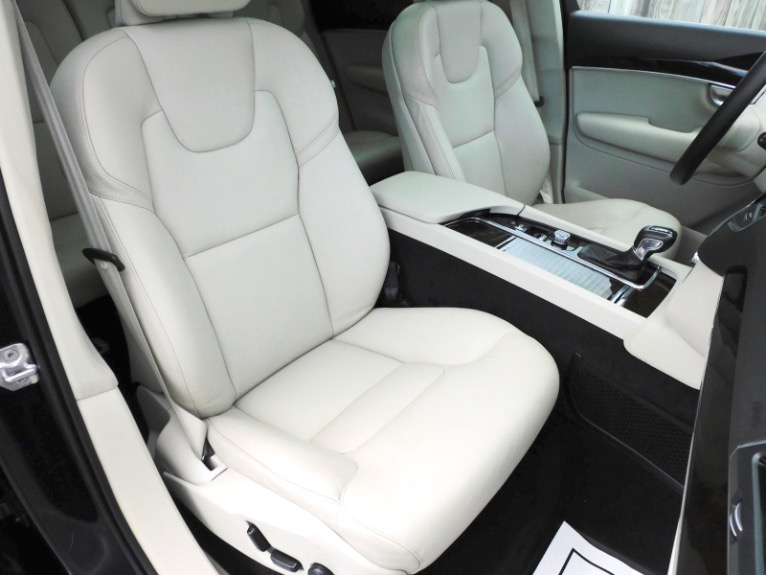 Used 2019 Volvo Xc90 T6 AWD Momentum Used 2019 Volvo Xc90 T6 AWD Momentum for sale  at Metro West Motorcars LLC in Shrewsbury MA 21