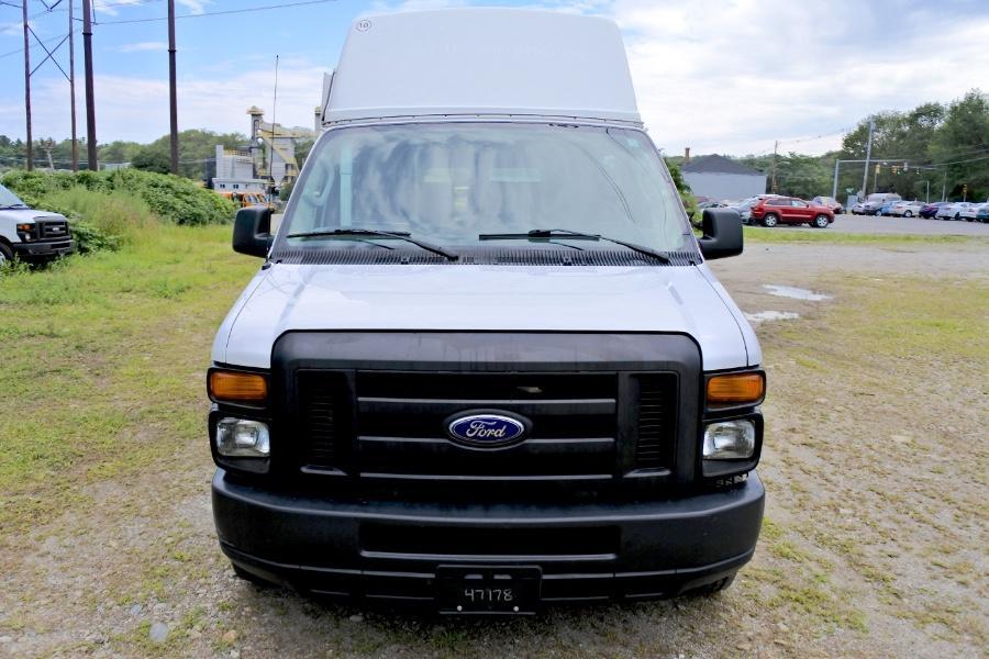 Used 2014 Ford Econoline E-250 Wheelchair Van Used 2014 Ford Econoline E-250 Wheelchair Van for sale  at Metro West Motorcars LLC in Shrewsbury MA 8