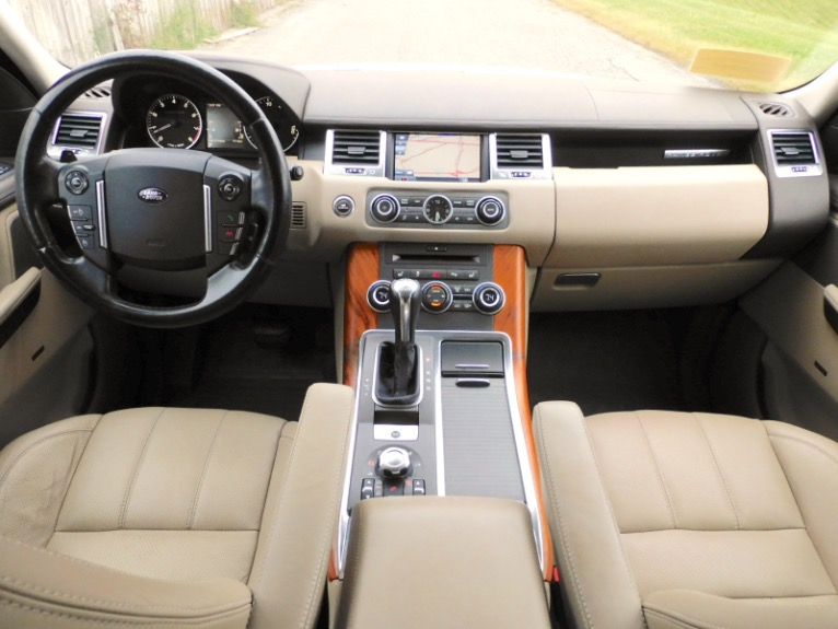 Used 2011 Land Rover Range Rover Sport Supercharged Used 2011 Land Rover Range Rover Sport Supercharged for sale  at Metro West Motorcars LLC in Shrewsbury MA 9