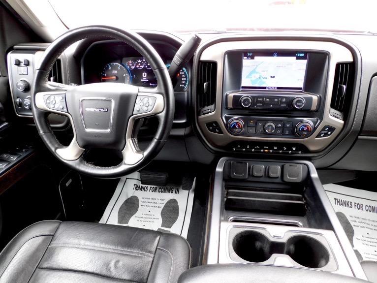 Used 2018 GMC Sierra 1500 4WD Crew Cab 143.5 Denali Used 2018 GMC Sierra 1500 4WD Crew Cab 143.5 Denali for sale  at Metro West Motorcars LLC in Shrewsbury MA 10