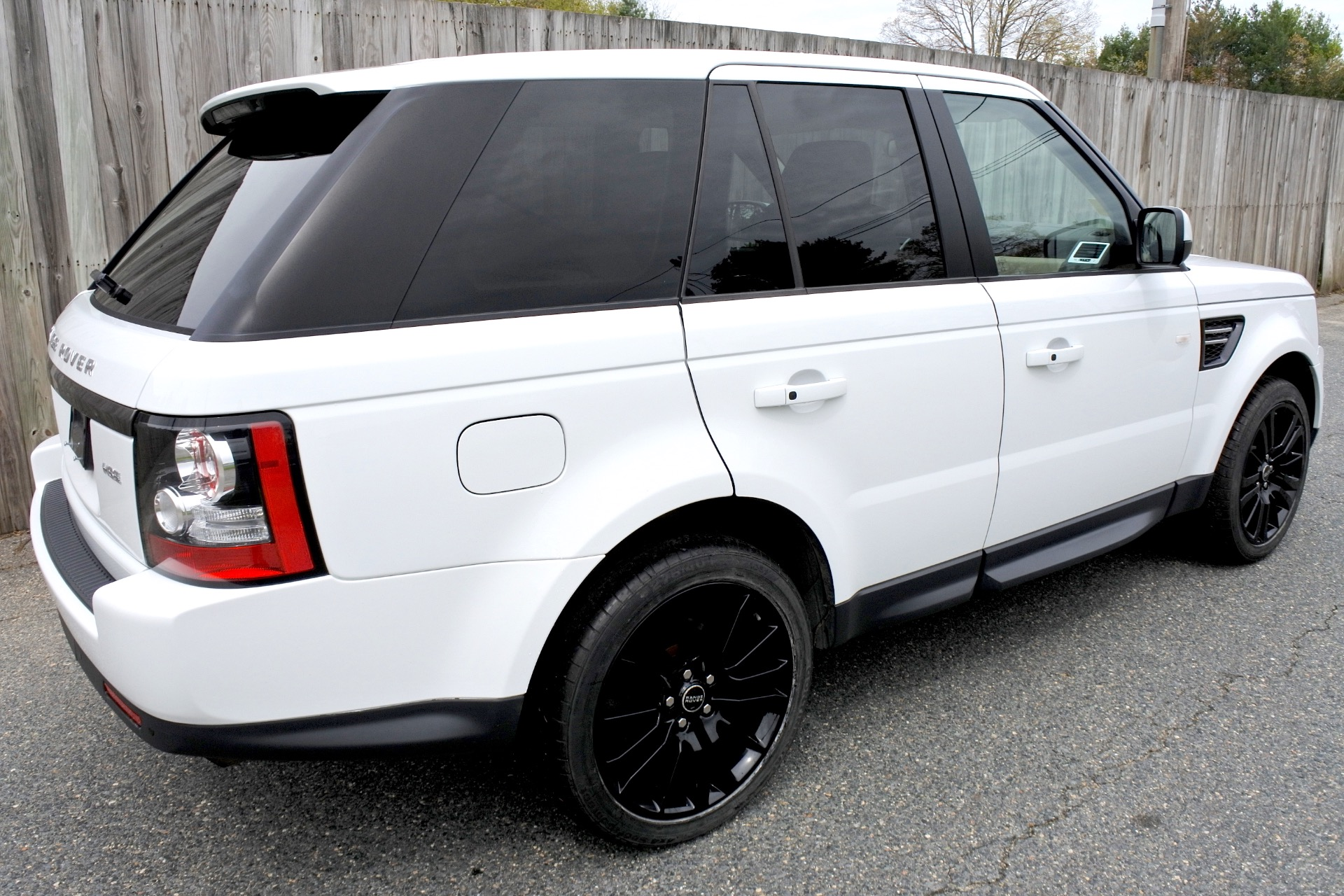 Used 2013 Land Rover Range Rover Sport HSE Used 2013 Land Rover Range Rover Sport HSE for sale  at Metro West Motorcars LLC in Shrewsbury MA 5