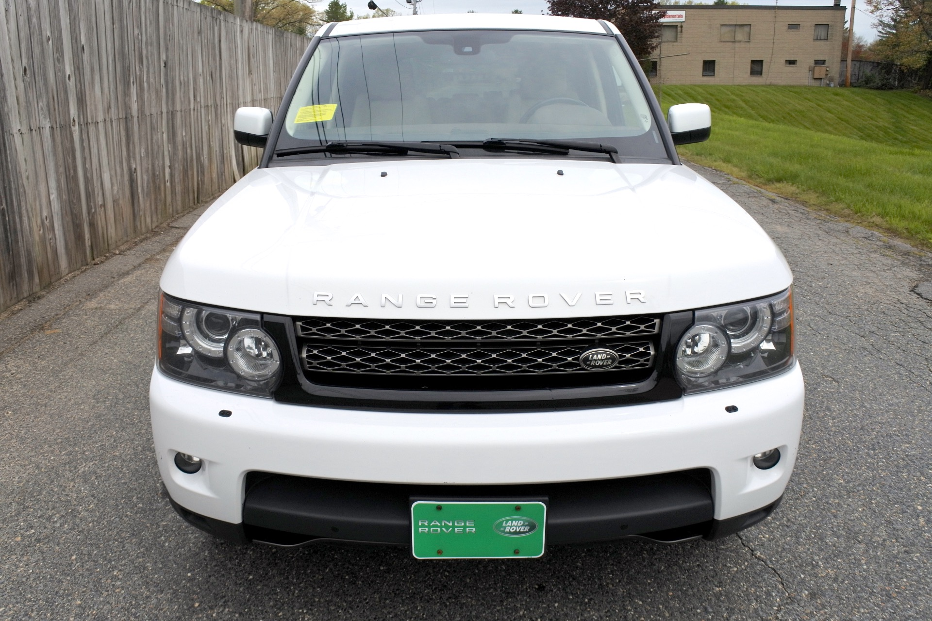 Used 2013 Land Rover Range Rover Sport HSE Used 2013 Land Rover Range Rover Sport HSE for sale  at Metro West Motorcars LLC in Shrewsbury MA 8